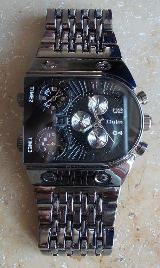 Oulm Unique Style Big Size Dial 3 Countries Zones,  Men ' S Wrist Watch Black, Bild