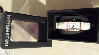 Wunderschöne Emporio Armani Damen Uhr Lederarmband Geschenk Ar0173 Bild