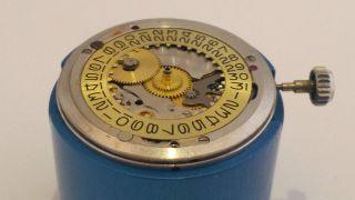 Rolex 1570 Movement Kaliber Zu Verkaufen Werk Muss Gereinigt Werden Bild