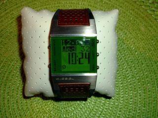 Diesel Digital Uhr Bild