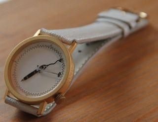 Akto Akteo Armbanduhr Medizin Arzt Ärztin,  Sammlerstück Neuwertig Bild
