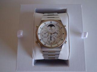 Seiko 7a48 - 7000 Herrenuhr Chronograph Quartz Armbanduhr Mit Mondphase Bild
