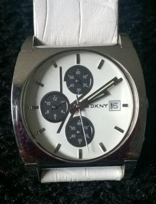 Dkny Leder Armbanduhr Für Damen Weiss Silber Bild