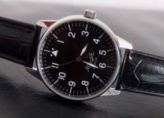 Kienzler Aviator Herren Armbanduhr Uhr Kal:068.  11 Fliegeruhr Bild