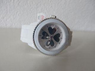 S.  Oliver Armbanduhr Mit Silikonband,  Damenuhr,  Weiß,  Mit Herzen, Bild