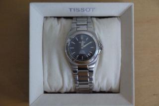 Tissot Pr 200,  Autoquarz,  Saphirglas,  200m Wasserdicht,  Swiss Made Herrenuhr Bild