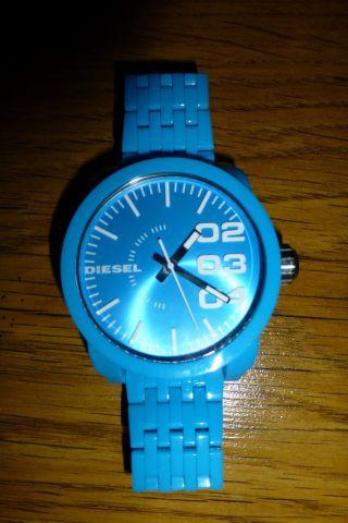 Blaue Diesel Uhr Xxl Bild