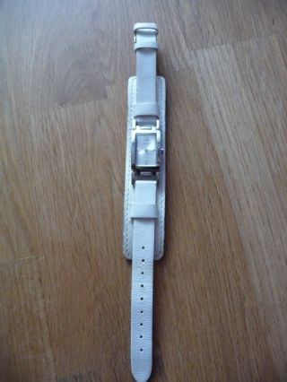 Guess Damen Uhr Silber Weiß Lederarmband Bild