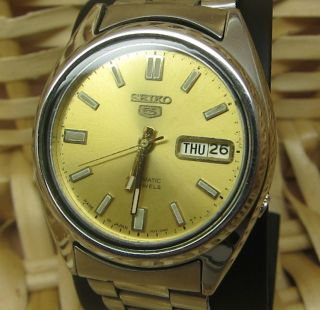 Rose Gold Seiko 5 Automatik Uhr Tag Und Datumanzeige 21 Jewels Bild