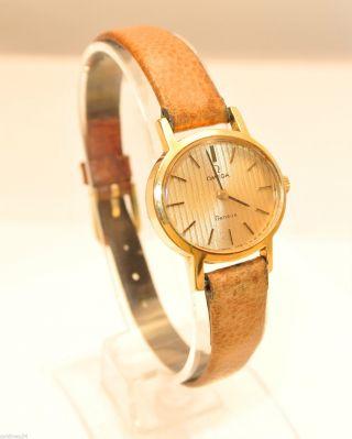 Omega Geneve - Damenarmbanduhr Vergoldet / Handaufzug / Lederarmband Bild