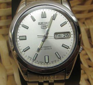 Seiko 5 Silber Japanische Automatik Uhr Tag Und Datumanzeige 21 Jewels Bild