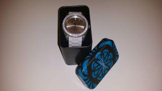 Neue Esprit Damenuhr Armbanduhr Mit Strass/steinchen Grau Silikon Mit Ovp Bild