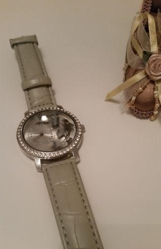 Uhr Damenuhr Bild