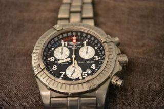 Breitling Chrono Avenger M1 Titanium E73360 Bild