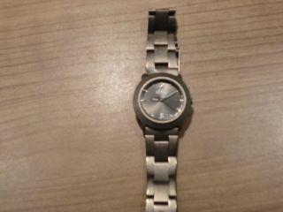 Uhr Von S`oliver Titangrau Bild