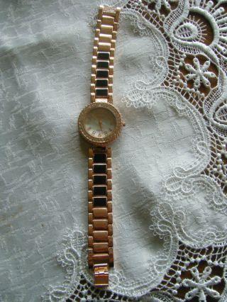 Wunderschöne Armbanduhr Weihnachtsgeschenk Weihnachten Rose Bild