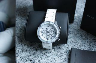 Marc By Marc Jacobs Damen Armbanduhr Weiß/schwarz Mbm2574 Schöner Als Kors Bild