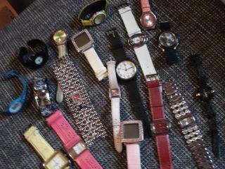 Uhren Sammlung 18 Damen Uhren Für Bastler U.  Sammler (neuwertig, ) Bild