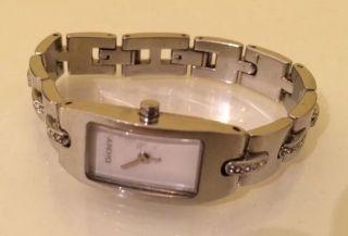 Dkny Damenuhr Edelstahl Glieder Armband Uhr Bild