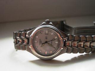 Tissot - Titanium 200 M - Damen / MÄdchen Uhr Kleine Superleichte (49;8g) Sportuhr Bild