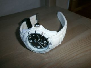 Ice Watch Weiss / Schwarz Unisex Mittlere Grösse Bild
