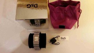 Dolce Gabbana Damen Armbanduhr Scotland Silberfarben Bild