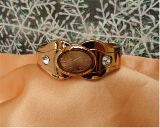 Extravagante Damen Spangen Uhr - Tolle Farbe - Tolle Form - Hingucker - Xmas Bild