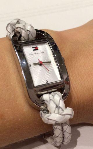 Tommy Hilfiger Armbanduhr Neue Batterie Inkl. Bild