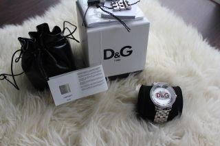 Neuwertig Dolce & Gabbana Damen - Uhr D&g Prime Time Silber Rot Bild