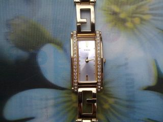Goldene Guess Damen - Armbanduhr,  Sammleruhr,  Mit Strass.  Funktion Ok Bild