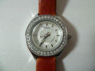 Dkny Damenuhr (ny4397) Rot Perlmutt Lederarmband Edelstahl Rund Kristalle Uhr Bild