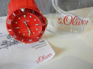 Neuwertig - Wunderschöne Rote S.  Oliver 2423l Damenu - Mit Garnatie Bild