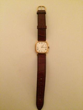 Tissot Armbanduhr - Hochwertig Und Exklusiv - Lederarmband Bild
