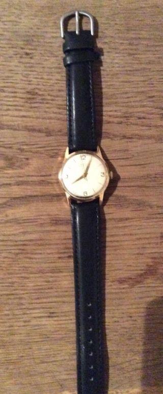 Junghans Armbanduhr Bild