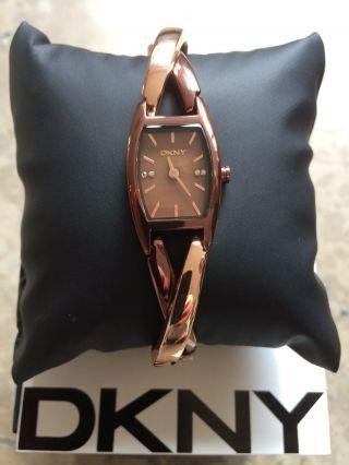 Dkny Damenuhr Ny8439 Braun Rosé Gold Rosegold Armbanduhr Damen Bild