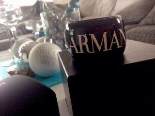 Armani Uhr Armreif - Uhr Logo Schwarz Weiss Jades Bild