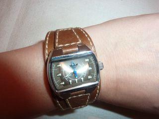 Adidas Damenuhr Armbanduhr Leder Braun Bild