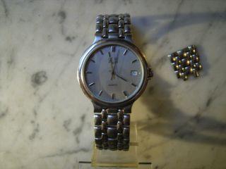 Herren Armbanduhr Der Marke Gub Quarz Werk Bild
