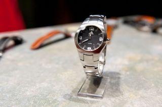 Adidas Armbanduhr Edelstahl - Top Elegant Schlicht Faltschließe Bild