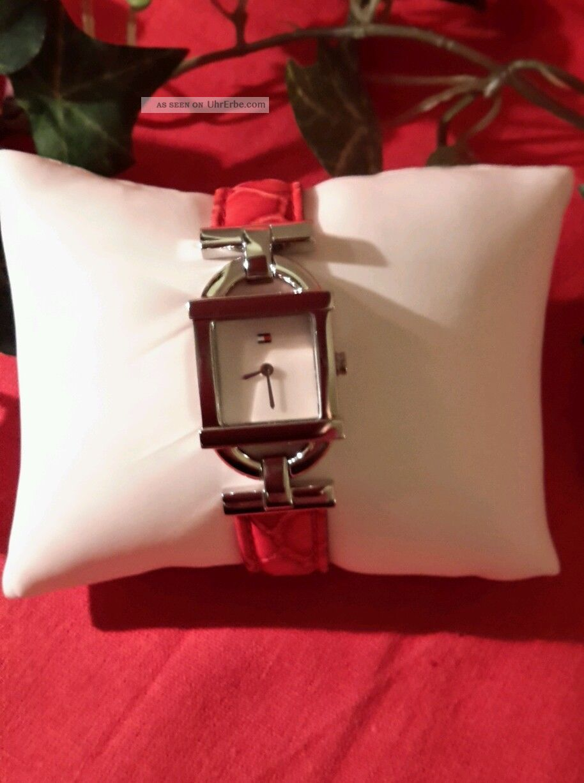 Neue Tommy Hilfiger Damenuhr Mit Roten Armband In Kroko Optik Armbanduhren Bild