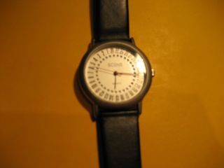 Armbanduhr Scene Ref.  - Nr.  : 2 - S1215 Schwarzes Armband Uhr Bild