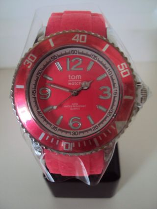 Tomwatch Basic 40 Wa 00149 Neon Red Uvp 49,  90€ Bild