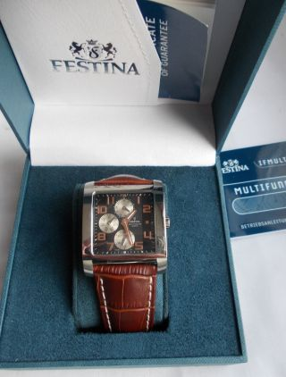 Festina Armbanduhr Multifunktion Quarz F16235 /5 Fast Neuwertig Sport Uhr Bild