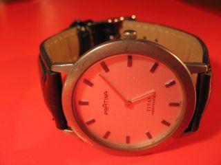 Titan - Unisex Armbanduhr Mit Lederband Bild