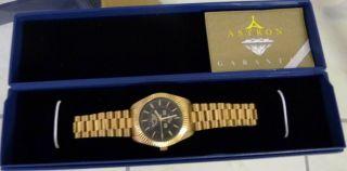 Elegante Schweizer Uhr - 585 Karat - Zertifikat - 10 Jahre - Quartz Bild