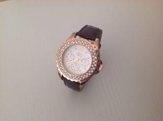 Wunderschöne Marken Armband Uhr Chrono Mit Steinen Aus Sammlung Rose Gold Bild