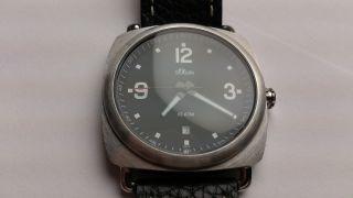 S.  Oliver Herren Uhr In Schwarz,  Neue Batterie Bild