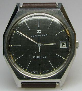 Junghans Edelstahl Quartz Armbanduhr Mit Schwarzem Zifferblatt Bild