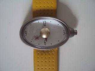 Ford Ka Sammler Uhr Mit Gelbem Leder Sport Armband Bild