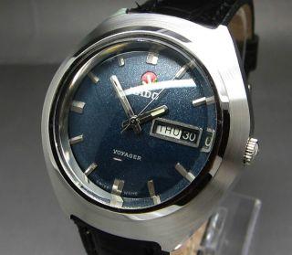 Dunkel Blauer Rado Voyager 25 Jewels Mit Tag/datumanzeige Mechanische Uhr Bild
